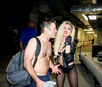 Леди Гага и Брюс Дикинсон