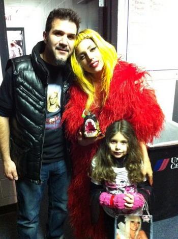Леди Гага с гитаристом ANTHRAX Чарли Бенанте