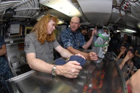 MEGADETH на подводной лодке