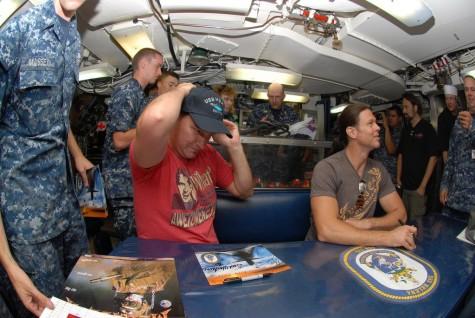 Группа MEGADETH на подводной лодке